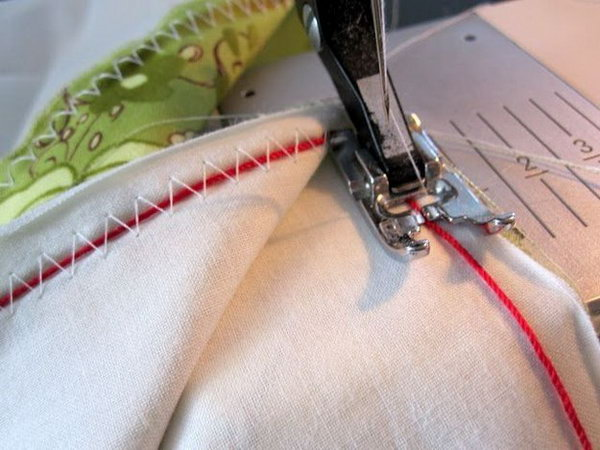 9 Great Sewing Tips  and  Tricks That You Should Know