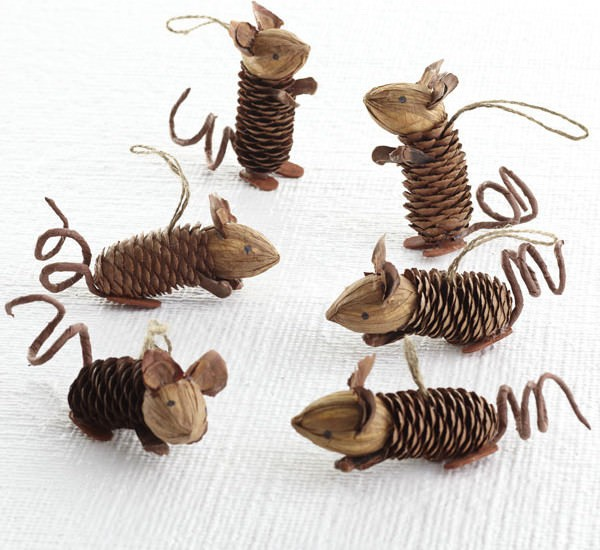 19 Adorable DIY Pine Cone Crafts