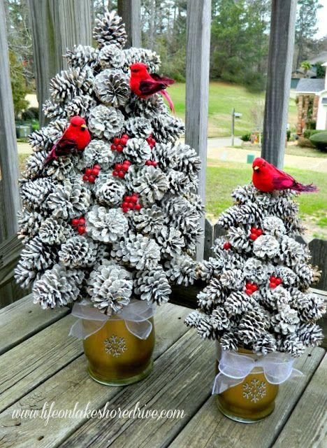 2 Adorable DIY Pine Cone Crafts