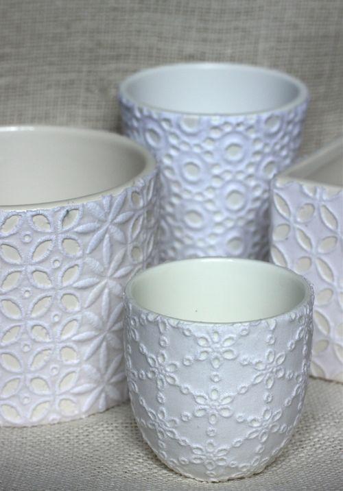 32 Lace Pots