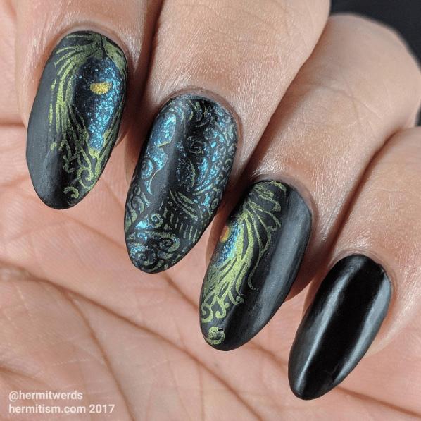 1 Peacock Nails