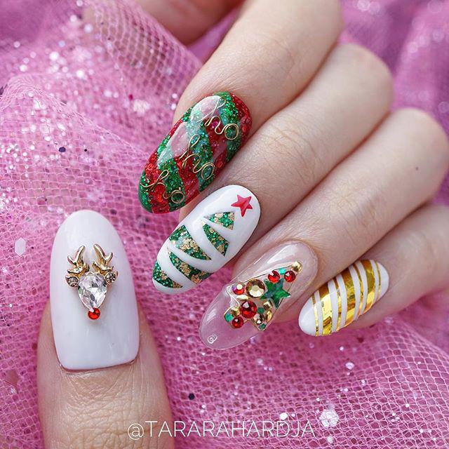 10 Christmas 2018 Mani Ideas