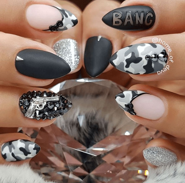 12-Camouflage-Nail-Designs