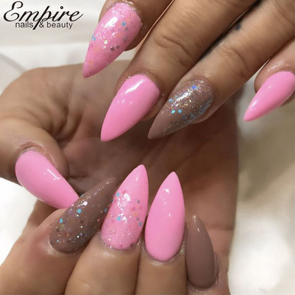 14-Looks-Pretty-Pink-Nail-Inspiration