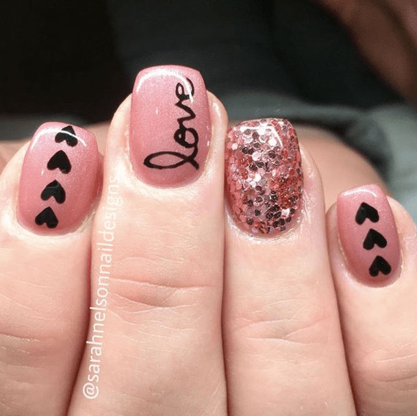 15-Looks-Nails-for-Valentines-Day