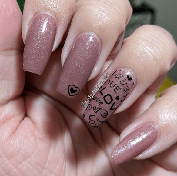 20-Looks-Nails-for-Valentines-Day