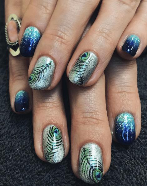 23 Peacock Nails