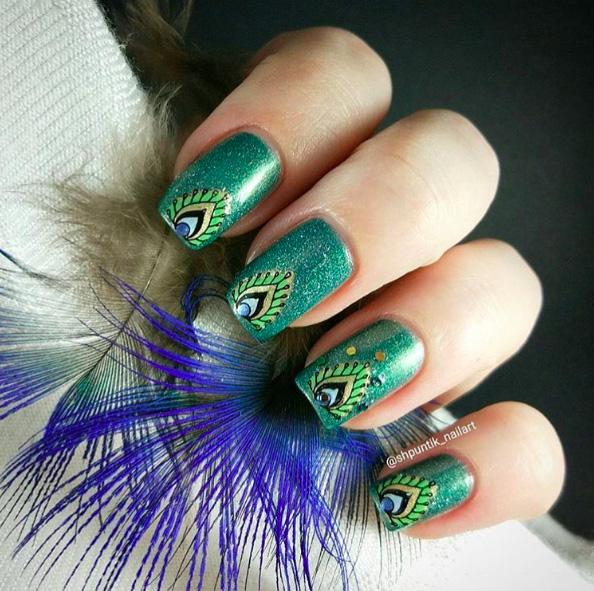 31 Peacock Nails