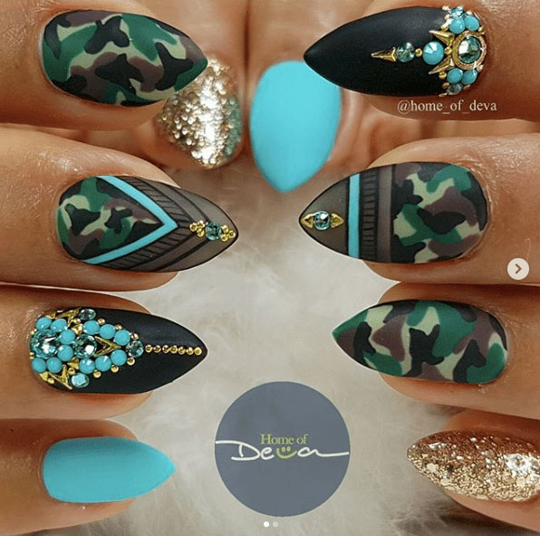 4-Camouflage-Nail-Designs