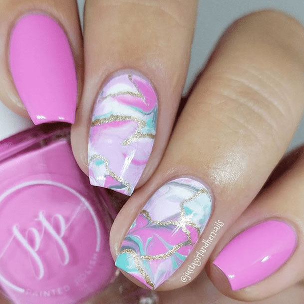 4-Looks-Nails-for-Valentines-Day