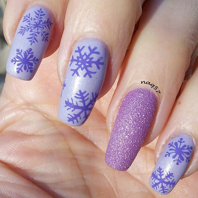 5 Snowy Nail Designs