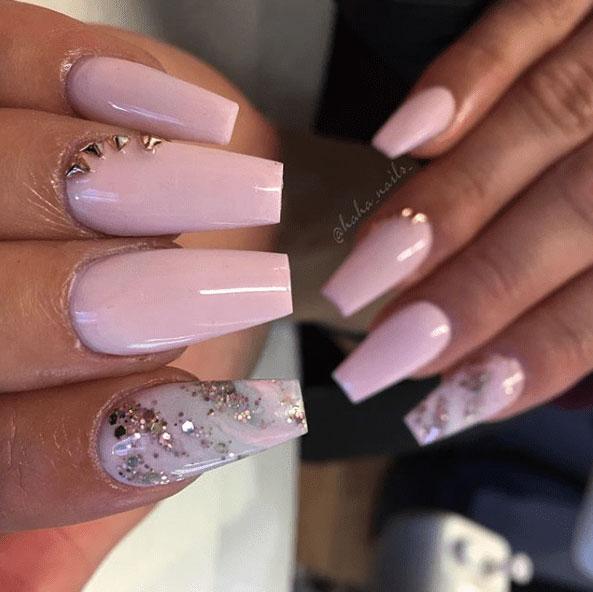 6-Looks-Pretty-Pink-Nail-Inspiration