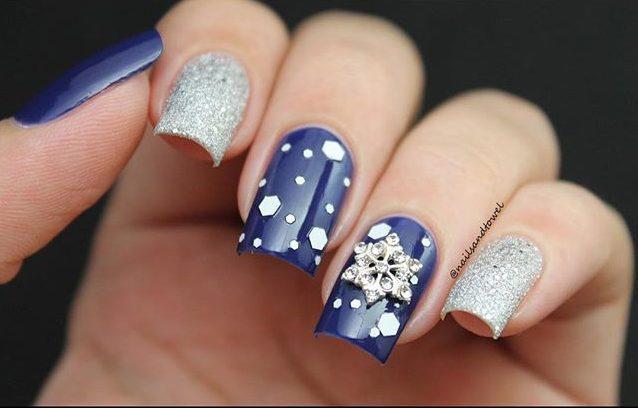 7 Snowy Nail Designs