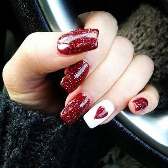 7 valentines nails