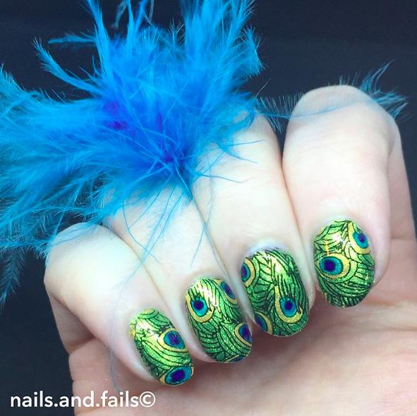 8 Peacock Nails