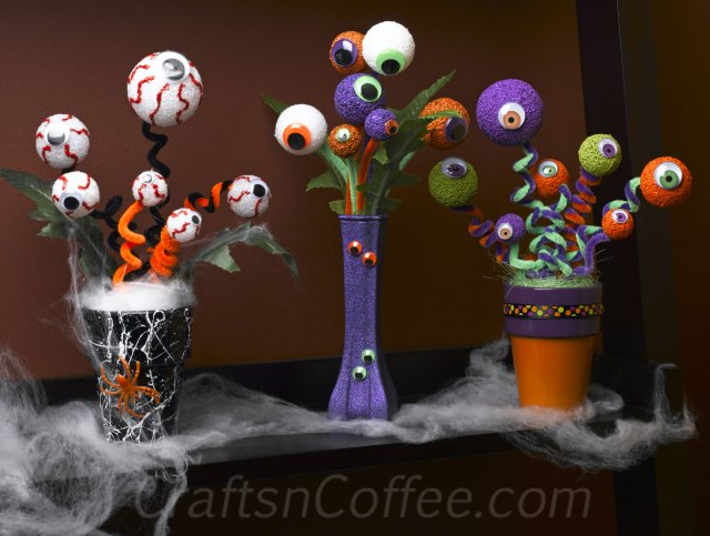 10 Super Easy Halloween Decorations and Crafts You Can Make Yourself