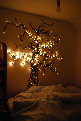13 Unique Ways to Decorate With String Lights