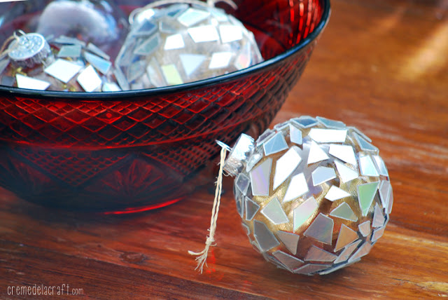 18 Creative Ideas for Decorating and Filling Clear Glass Ornaments