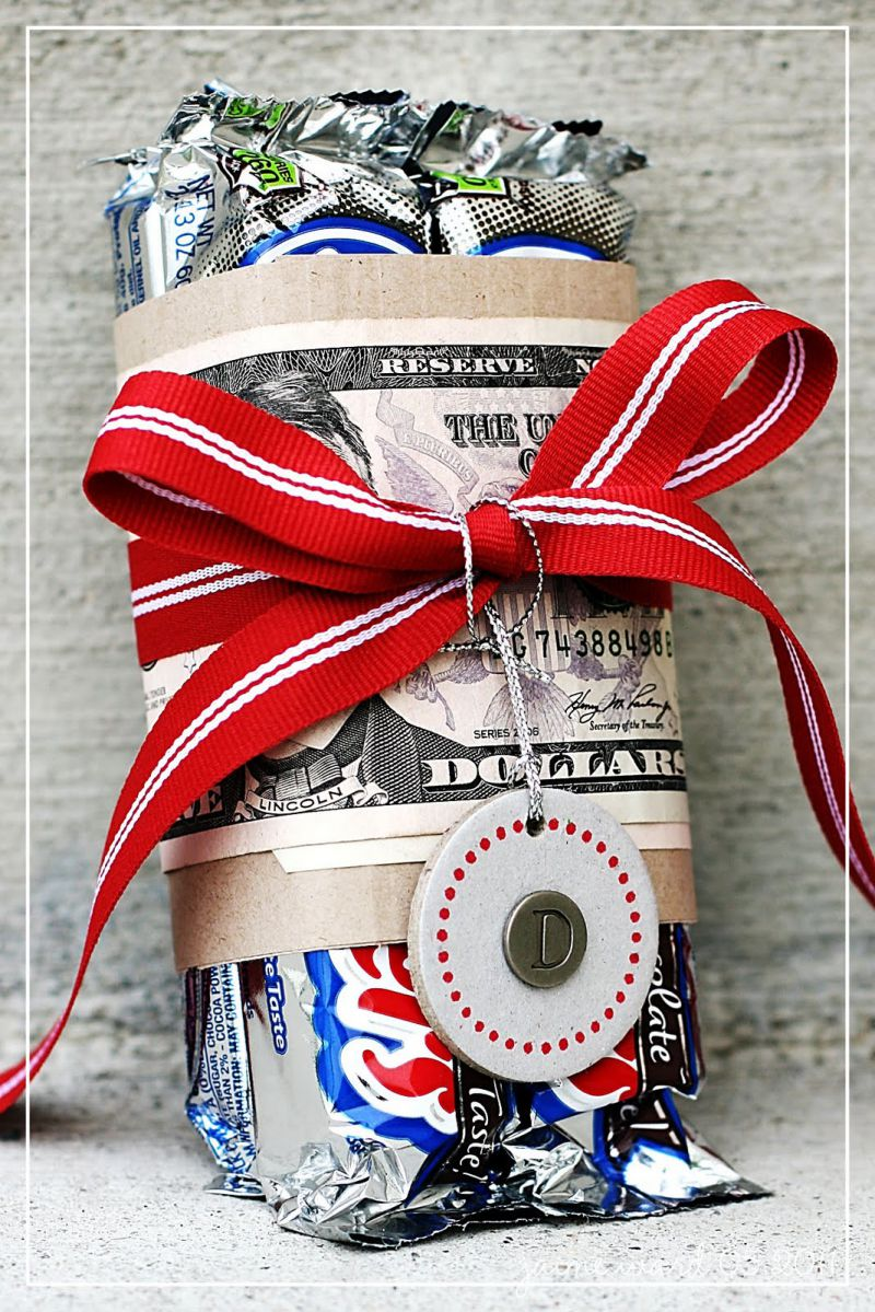 18 Fun Ways to Give Money As a Gift
