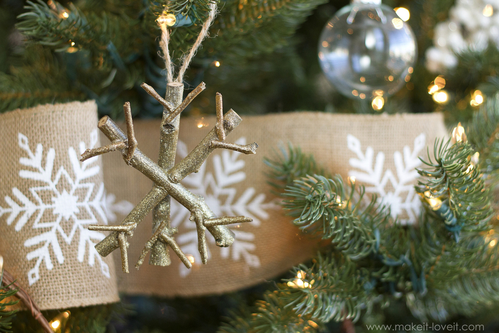 18 Fun and Easy Snowflake Craft Projects