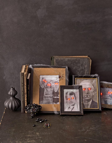 18 Super Easy Halloween Decorations and Crafts You Can Make Yourself