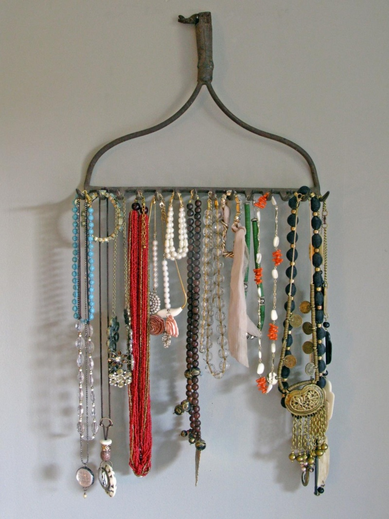 19 Creative Ways To Repurpose Old Stuff And Giving Them A New Life