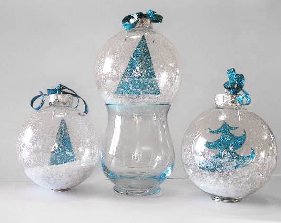 2 Creative Ideas for Decorating and Filling Clear Glass Ornaments