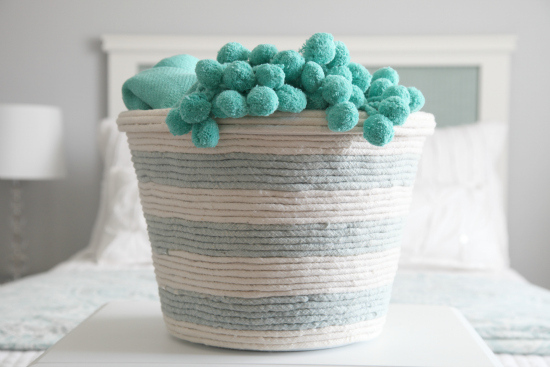 22 Easy  and  Stunning Dollar Store Crafts