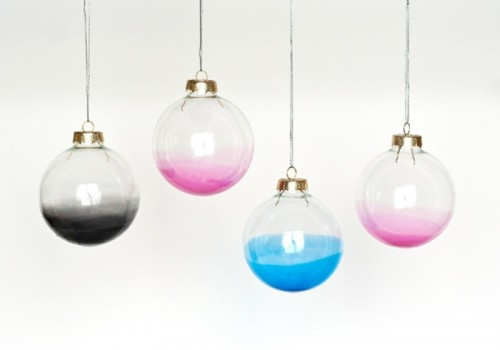27 Creative Ideas for Decorating and Filling Clear Glass Ornaments