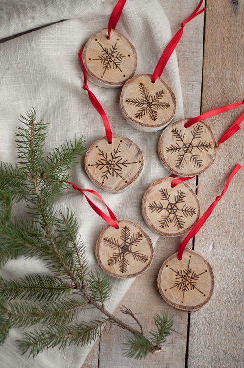 3 Fun and Easy Snowflake Craft Projects