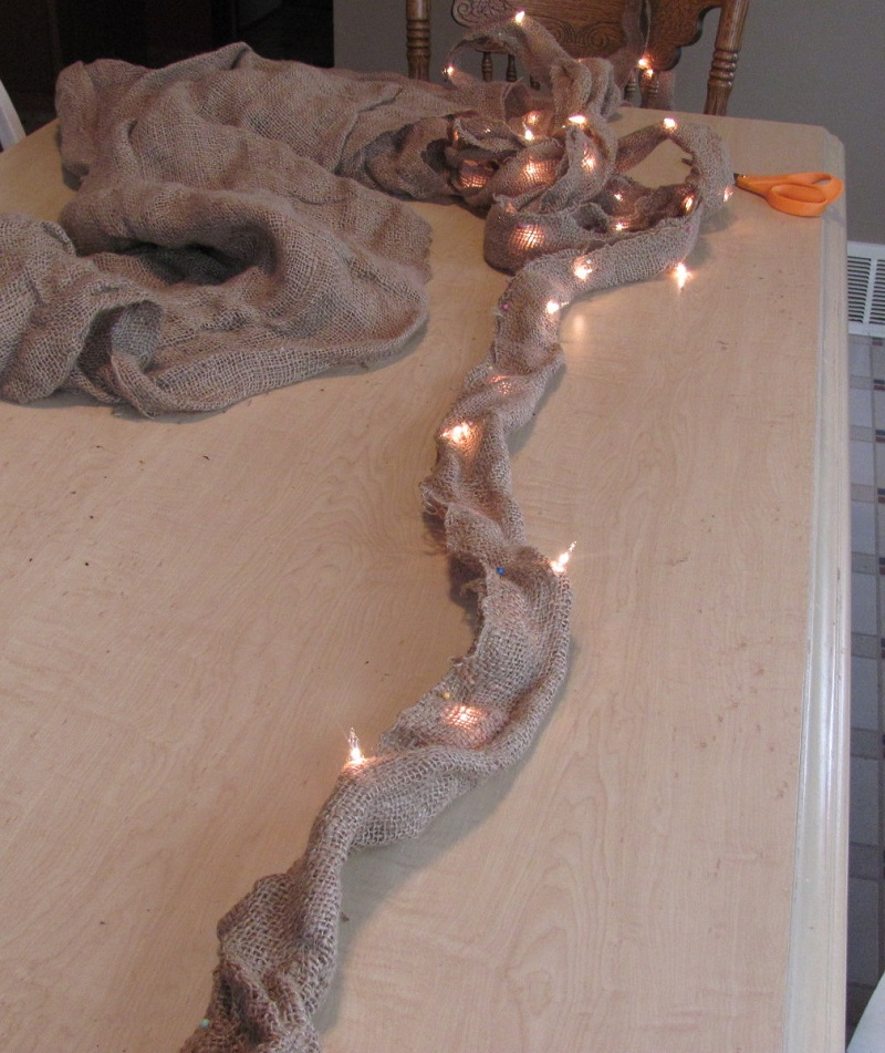 3 Unique Ways to Decorate With String Lights