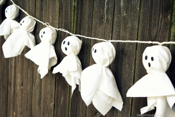 9 Super Easy Halloween Decorations and Crafts You Can Make Yourself