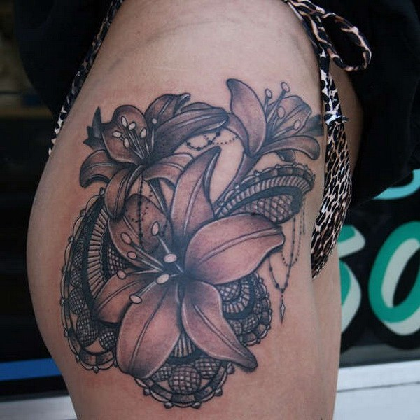 33 Beautiful Lily With Unusual Lace Tattoo On Hip