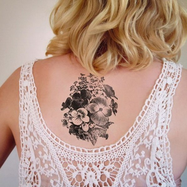 33 Black and White Violets Tattoo
