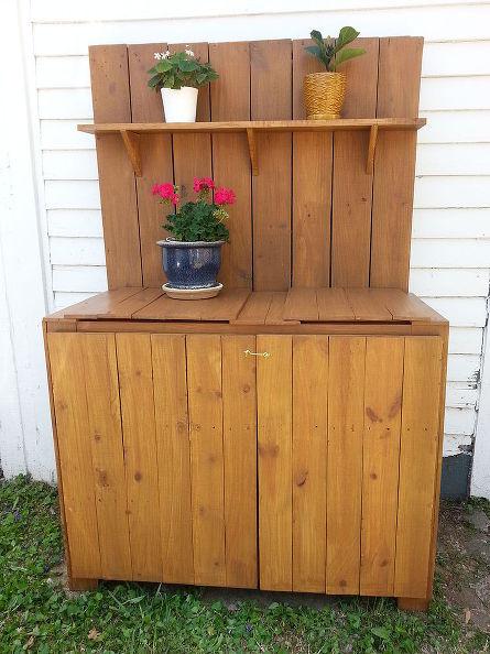 5 DIY Potting Bench Ideas To Make Gardening Work Easier