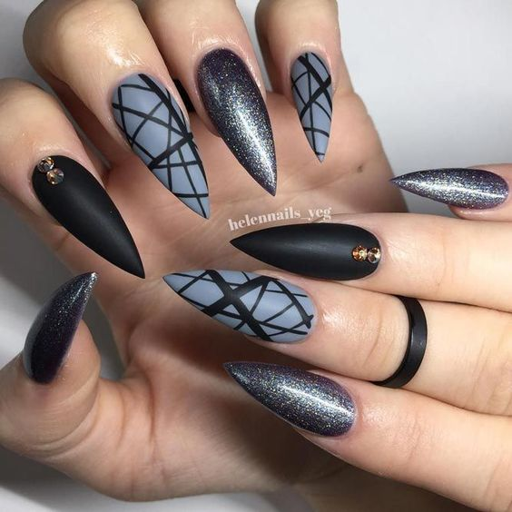 13 Cool Black Stiletto Nail Designs to Try Now