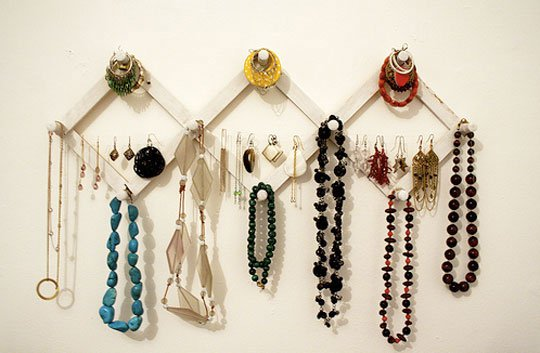 15 Great DIY Jewelry Organizer Ideas