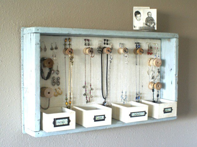 16 Great DIY Jewelry Organizer Ideas