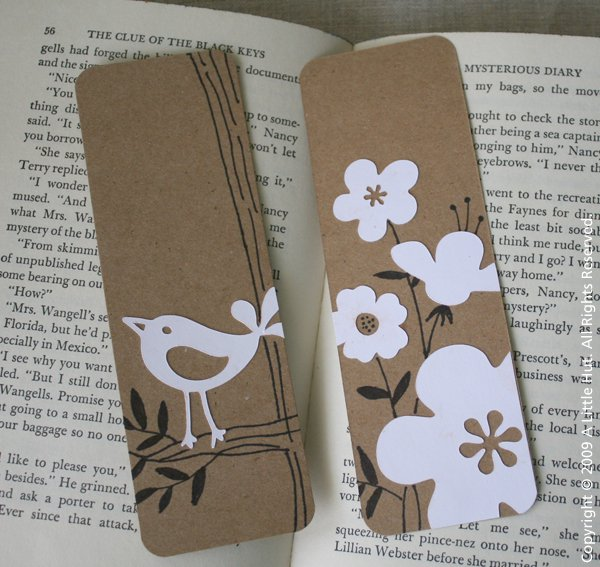 18 Easy Ideas to DIY Bookmarks