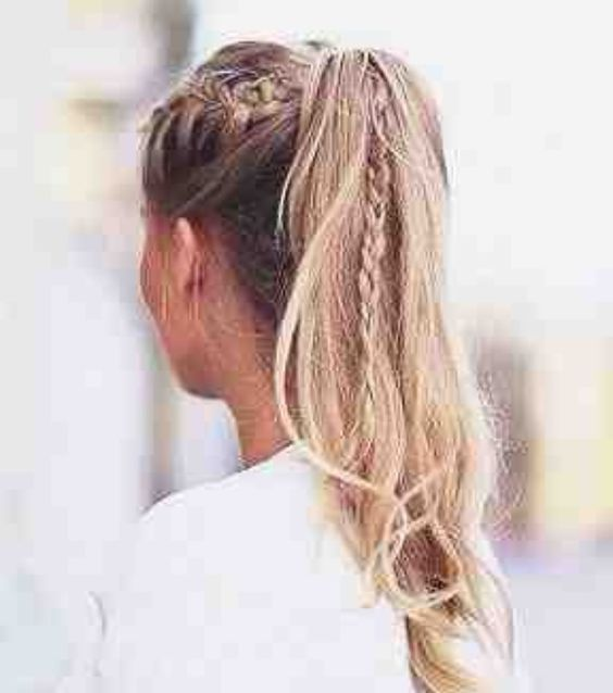 18 Easy and Cute Long Hair Styles You Should Try Now
