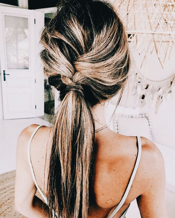 31 Easy and Cute Long Hair Styles You Should Try Now