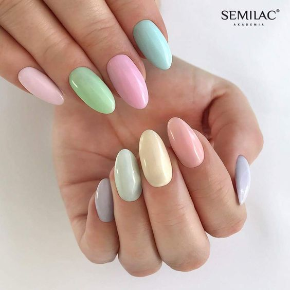 5 Charming Multicolor Simple Nail Art Designs