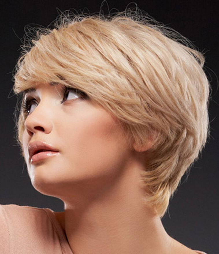 11 Easy and Cute Short Hairstyles For Round Face