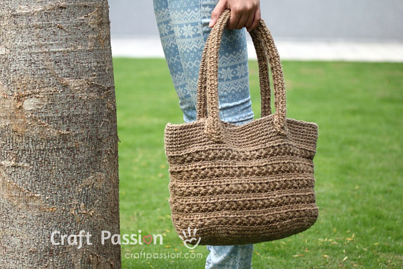 11 Free Crochet Purse  and  Bag Patterns