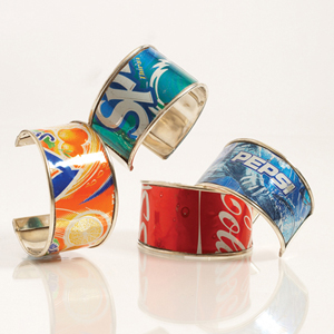 13 Amazing Things You Can Do with Empty Soda Cans