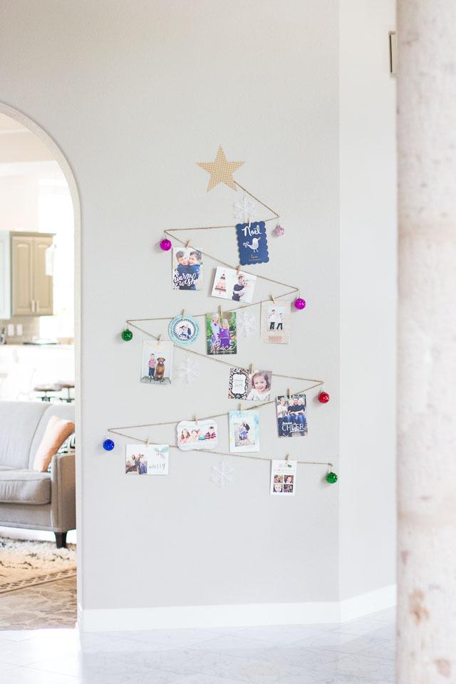 15 Creative DIY Christmas Wall Decor Ideas