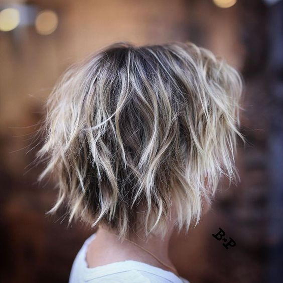 17 Easy and Trendy Short Hairstyles for Ladies