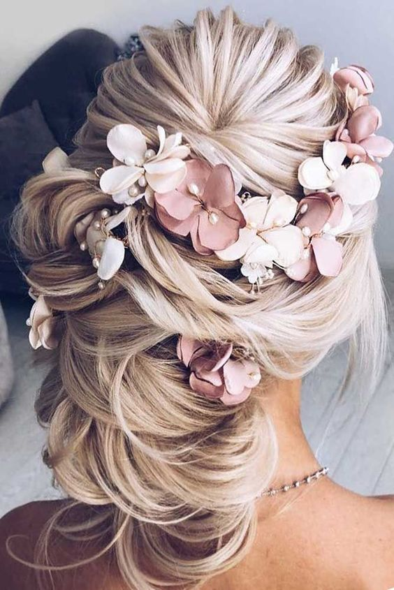 17 Most Trendy Wedding Hairstyles Inspiration for Bride