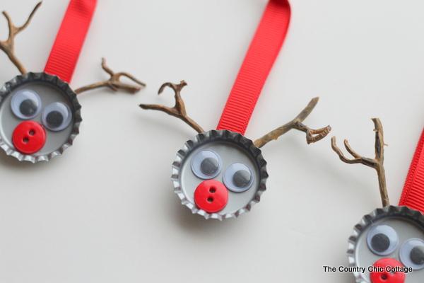 19 Bottle Cap Reindeer Kids Craft