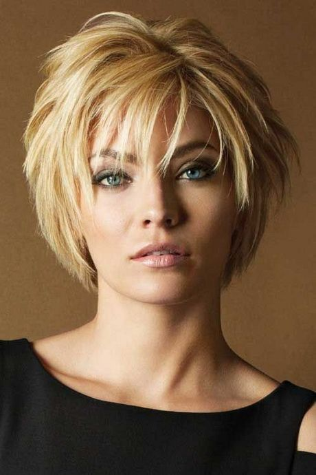 19 Easy and Trendy Short Hairstyles for Ladies